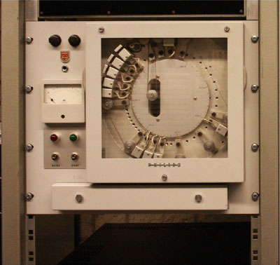 Early multi-head tape delay system